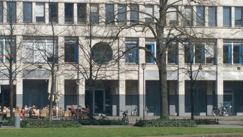 Außenansicht Gebäude - Praxis Dr. Thieß Potsdam